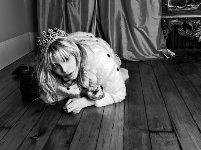 Courtney Love: black and white photo