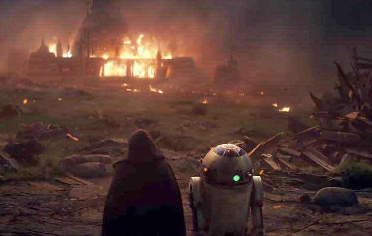 Luke and Artoo in The Last Jedi