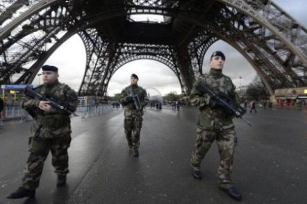 French troops on the streets in Paris, 2015